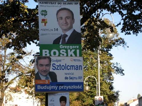 Wahlplakate für die Parlamentswahlen 2011 in Cz?stochowa